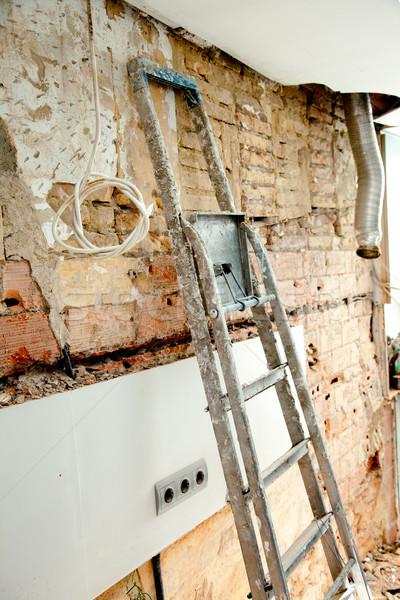1809171_stock-photo-demolition-debris-in-kitchen-interior-construction